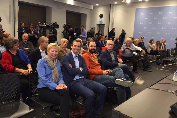 Foto Nieuwspoort - In afwachting van de Kiesraad