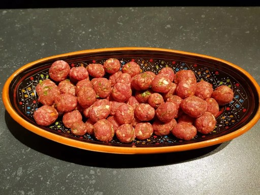 Recept oma's tomatensoep met gehaktballetjes.