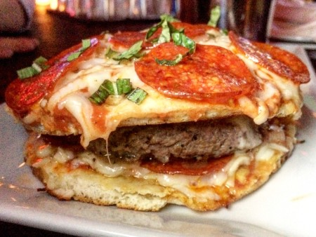 https://i1.wp.com/www.burgerweekly.com/wp-content/uploads/2016/03/The-Grayson-Pizza-Burger-450x338.jpg