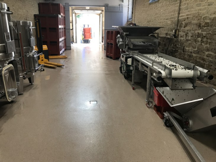 Floor cleaned - ready for the next truck-load!
