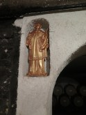 Domaine Cornu-Camus Echevronne St Vincent statue