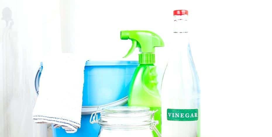 Les bienfaits du vinaigre blanc pour le nettoyage dans la maison