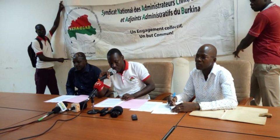 """Résultat de recherche d'images pour """"Le Syndicat national des administrateurs civils, des secrétaires et des adjoints administratifs du Burkina Faso (SYNACSAB"""""""