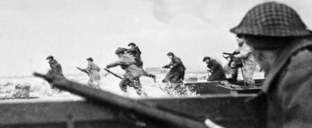 Running ashore fron landing craft