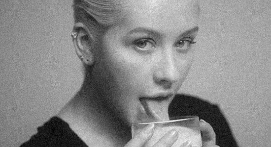 """""""Accelerate"""" de Christina Aguilera ganha clipe e traz uma nova fase da cantora 16"""