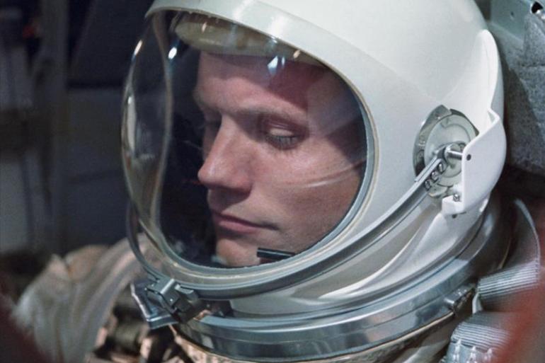 O Primeiro Homem   Conheça a história do primeiro homem a pisar na Lua 16