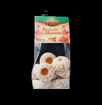 Pasticcini e dolci siciliani con Mandorle