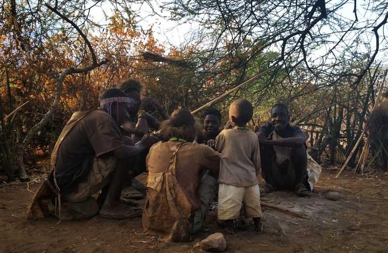 Hadza People Buschmänner in Tansania Stefan Schüler