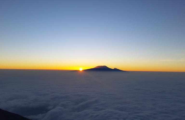 Sonnenaufgang Kilimandscharo sunrise