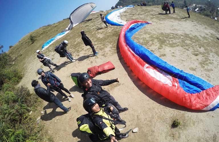 gleitschirmfliegen nepal paragliding