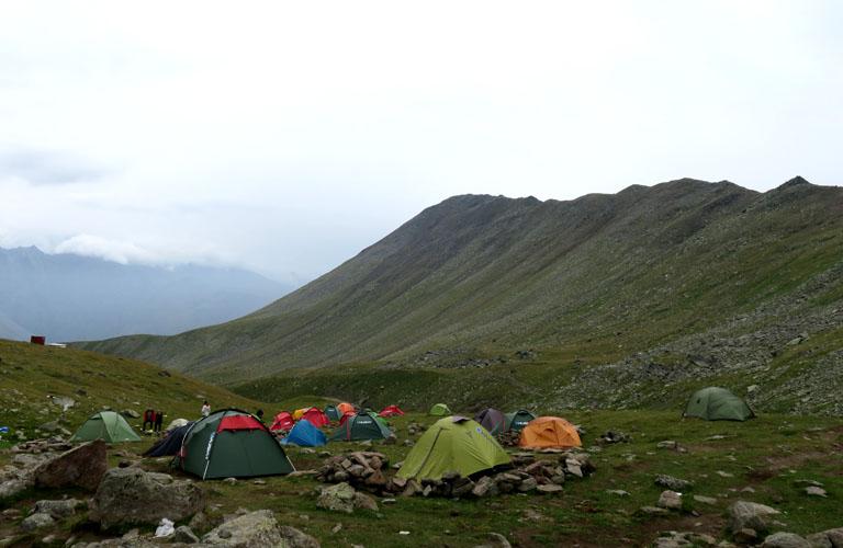 Camp 1 Kasbek Bericht Mount Kazbek Bergsteigen Kaukasus Georgien
