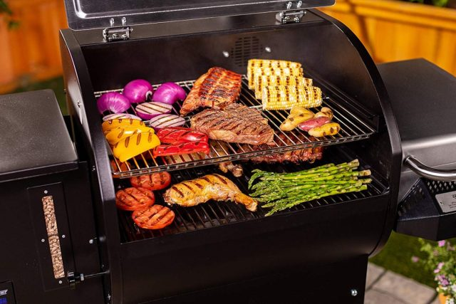 Camp Chef Woodwind SG 24 Pellet Grill