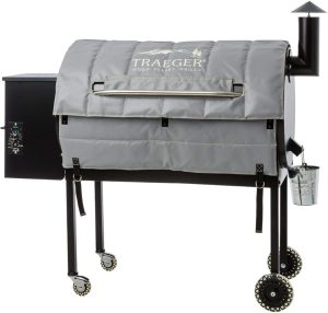 Traeger Pro Series 34 Pellet Smoker with Insulation Blanket