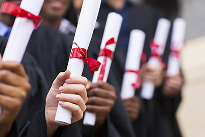 What is the associates of arts degree worth in the job market?