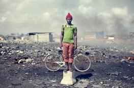 08_agbogbloshie_kevin_mcelvaney_derkevin.com_e-waste_burnmagazine