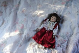 Waltraut takes care of her doll, something what she never had as a child.