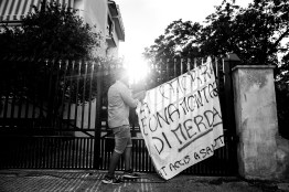 """Casalnuovo-Napoli Banner written by Gabriele Aiello and the Committe of the association """"C'at accis a' salut"""", (""""You have killed our health), formed by about 50 teenagers, all between 16 and 19 years old. The writing says: """"Camorra is a mountain of shit""""."""