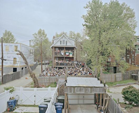 USA, D.C., Washington: College Party im Washingtoner Stadtteil Brookland. Das Viertel hat sich in den letzten Jahren durch Gentrifizierung stark verändert. Bilder eines Landes, dass uns so fremd und doch so nah scheint. Fotografiert auf einer Reise durch 22 Bundesstaaten durch die USA im Jahr 2015 und 2016. FOTO: Mario Wezel