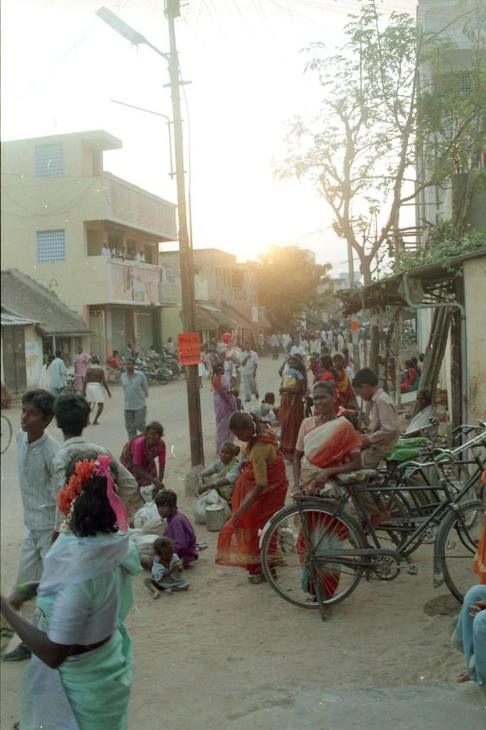 7 - Town Boy_Sathish Kumar_07 - 2f352336-8d5c-4860-9280-f78b67e886af