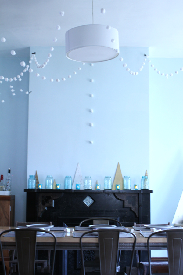 holiday mantle by Burritos & Bubbly