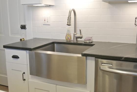 stainless steel farmhouse sink   Burritos & Bubbly