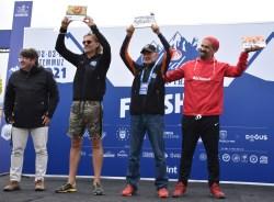Zirvedeki dev maratonda renkli final