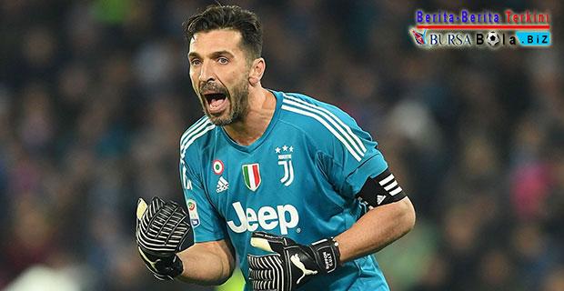 Benarkah Gianluigi Buffon Bakal Batal Pensiun Menjadi Kiper Juventus?