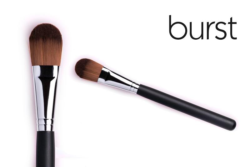 Flat Foundation Brush – Synthetic – FD 04