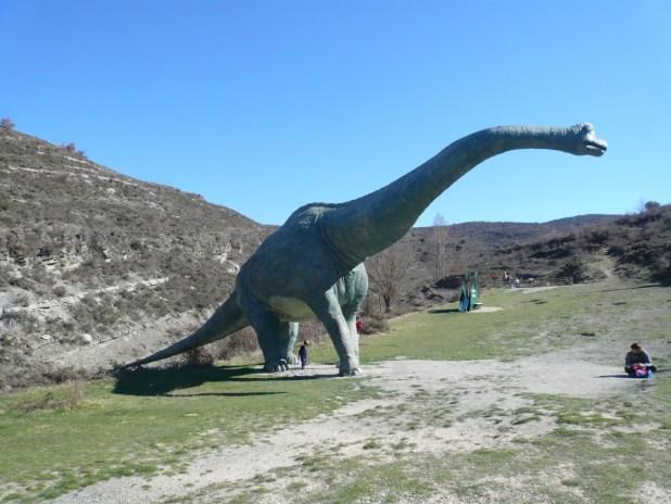 ruta de los icnitas. senda de los dinosaurios en Enciso