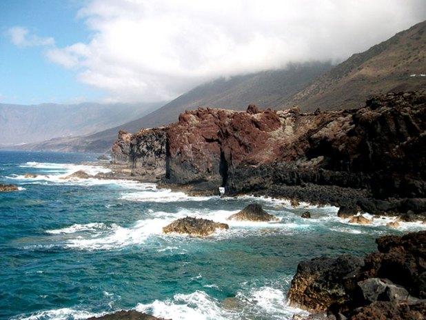 Acantilados de la isla de El Hierro
