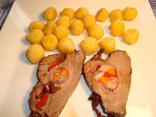 Carne Mechada acompañada de Papas Noisette