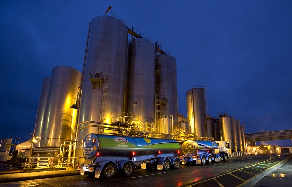 Fonterra plans to consolidate specialty cheese production plants after annual net loss