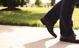 WALKING SHOES FOR MEN