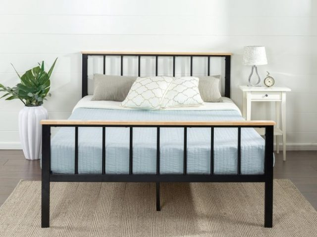 Zinus Contemporary Metal and Wood Platform Bedwith Wood Slat Support, King