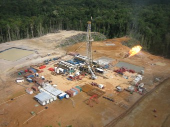 Horizon Oil's drill rig at Ketu-2 in Western Province.