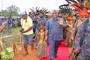 Marape visits Kainantu
