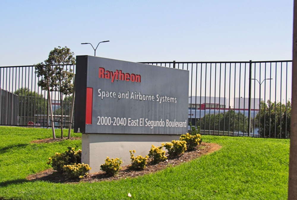 Defense contractors Raytheon and United Technologies are headed for a merger. They don't anticipate any regulatory problems.