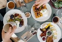 Traditions Family Restaurant – 5 Reasons to Support Local Oshawa Restaurants Post-COVID