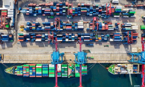 Difference Between a Freight Forwarder and NVOCC
