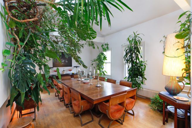 Beautiful and unusual dining in Notting Hill, £250 day rate