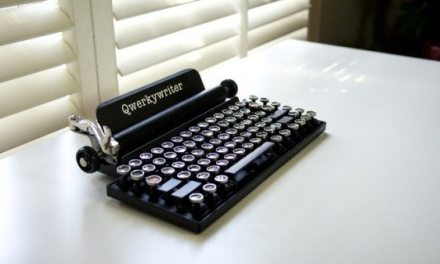 DeskLife: Qwerkywriter Retro Keyboard