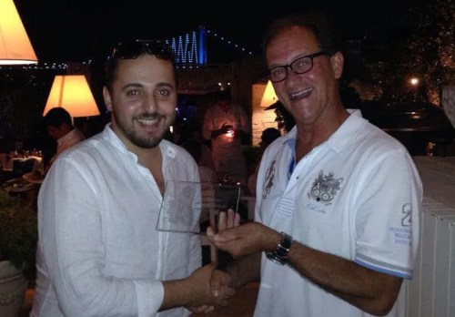 Enes Olgun receives the Business For Home Award