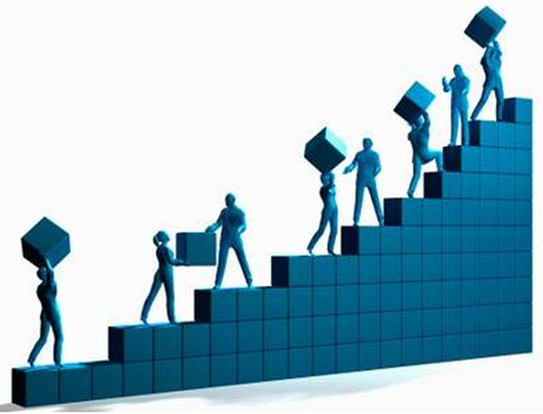 Indian Economy On A Recovery Path, To Grow At 5.6% In 2014