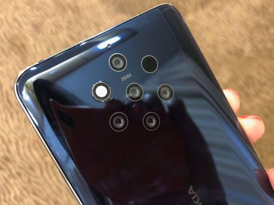 Nokia S New 700 Smartphone Has An Insane 5 Cameras