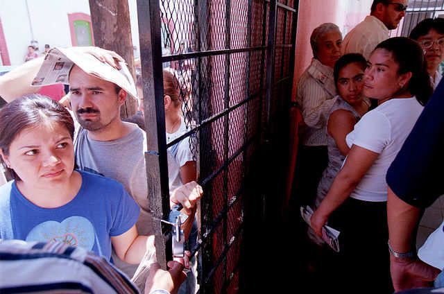 In July 2000, 64 special polling stations were set up in border crossing stations so that Mexican voters waiting to cross or living in the US could cast their ballots in the Mexican presidential election.