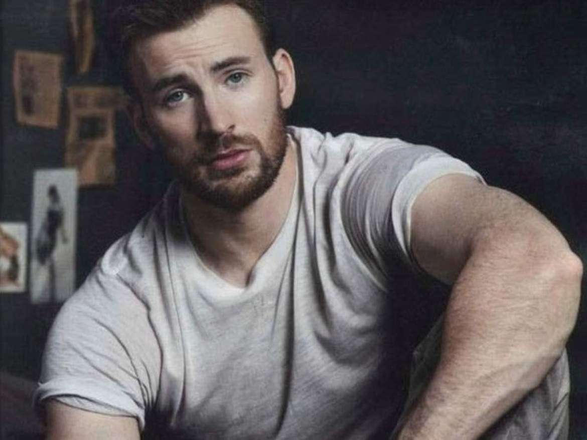 """Chris Evans and Ryan Gosling together in a high budget Netflix movie """"The Gray Man"""""""
