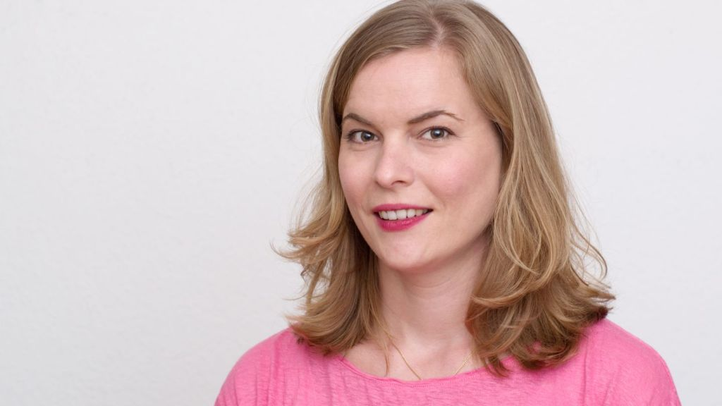 Katja Dittrich denkt sich die Torten der Wahrheit aus.