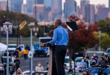 Barack Obama enters in US election rally for Joe Biden