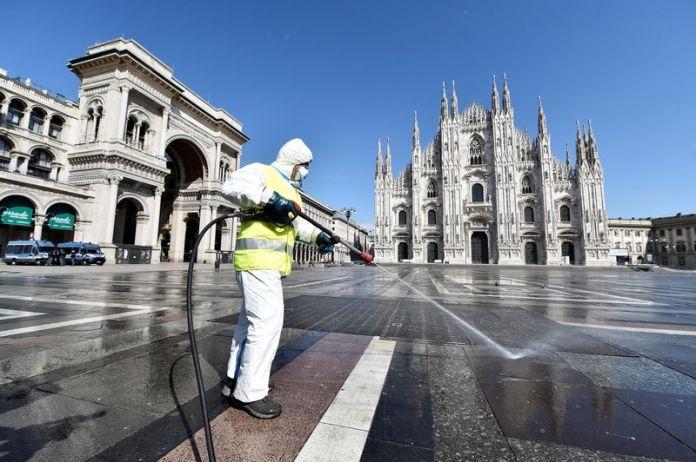 © Reuters. FILE PHOTO: Coronavirus disease (COVID-19) outbreak in Milan