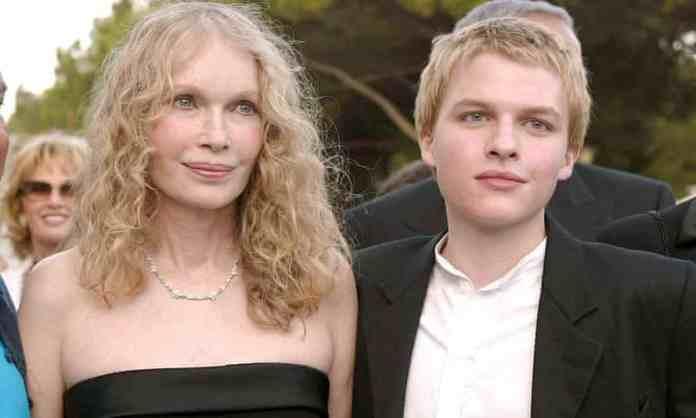 Mia and Ronan Farrow at the Venice film festival in 2004.